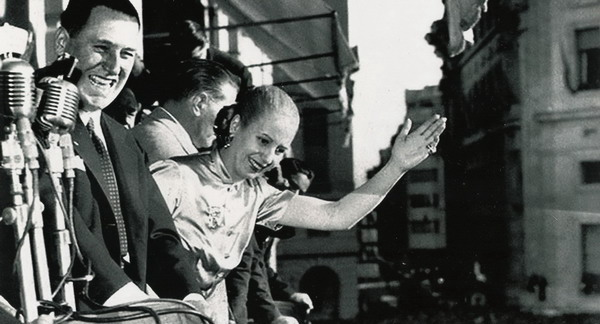 Private tour about Evita in Buenos Aires Eva Peron at balcony