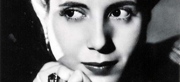 private-tour-about-evita-in-buenos-aires-eva-peron-eyes